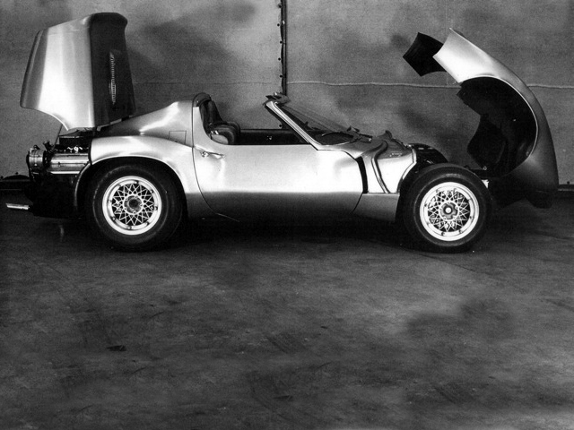 Chevrolet Corvette XP-819 Rear Engine Concept (1964)