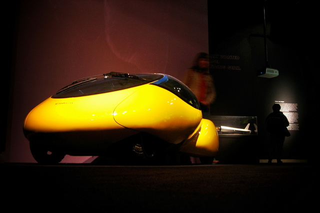 Colani Yellow Egg Concept (2006)