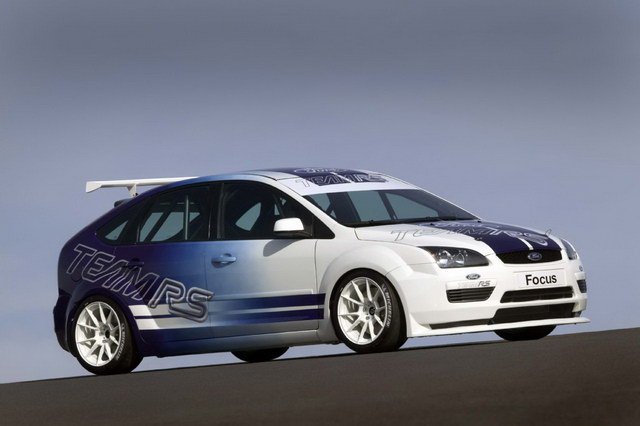 Ford Focus RS Touring Car Concept (2004)