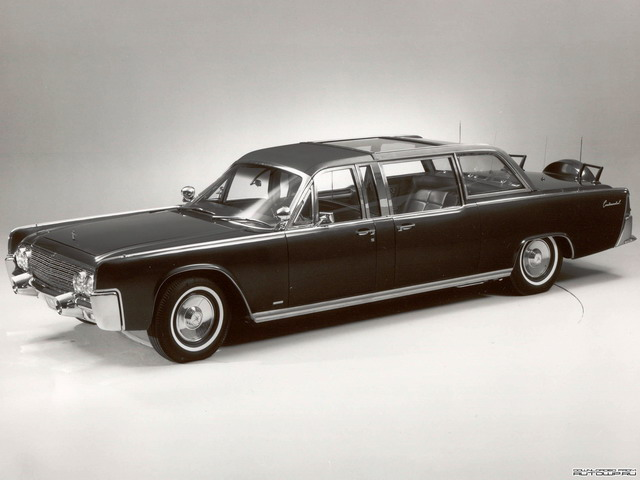 Lincoln Continental Presidential X-100 Concept (1964)