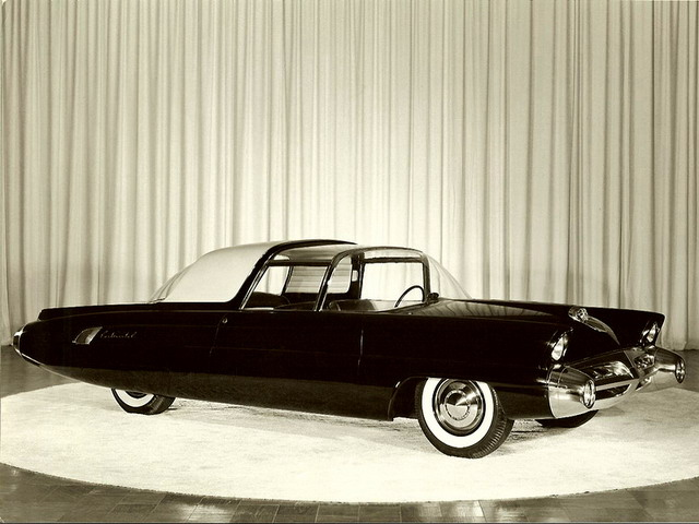 Lincoln Typhoon Concept (1957)
