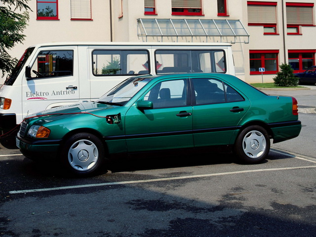 conceptcar.ee-mercedes-benz-w202-elektro