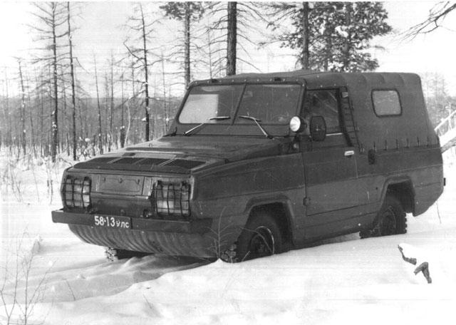 conceptcar.ee-uaz-3907-jaguar-prototype-1980-07.jpg